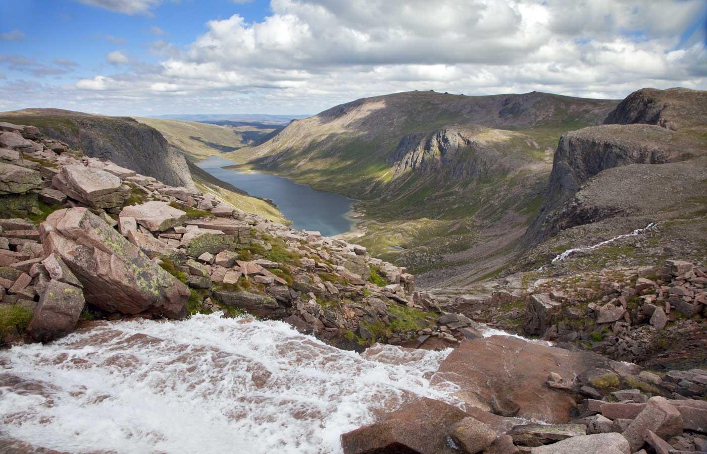 Photo via cairngorms.co.uk