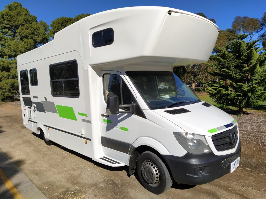 Cairns Motorhomes 2014 KEA RETREAT MERCEDES M715 6 BERTH