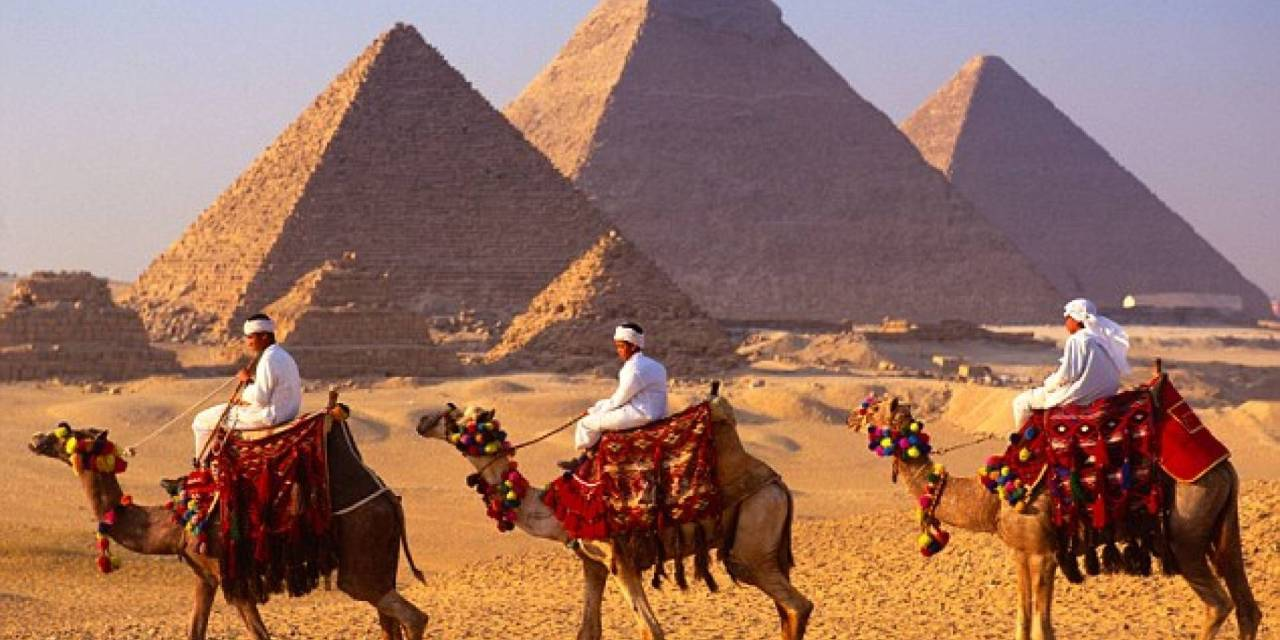 Egypt Revealed Tour Package