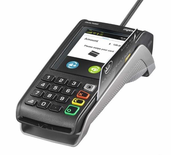 Desk 5000 acceptant carte bancaire à piste magnétique