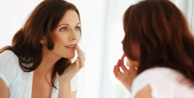 Prevention.com—6 Ways To Fix Flaky Skin On The Fly Without Ruining Your Makeup: http://www.prevention.com/beauty/how-fix-flaky-skin-without-ruining-your-makeup