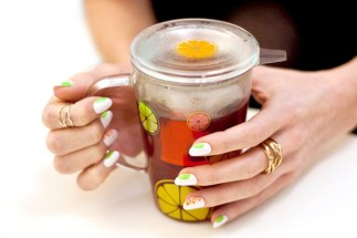 Sips and Tips: Sunny Citrus Sunshine and The Tropical Slice Mani: http://www.stylebistro.com/Nails/articles/v5FSkFl-IZc/Sips+Tips+Sunny+Citrus+Sunshine+Tropical+Slice