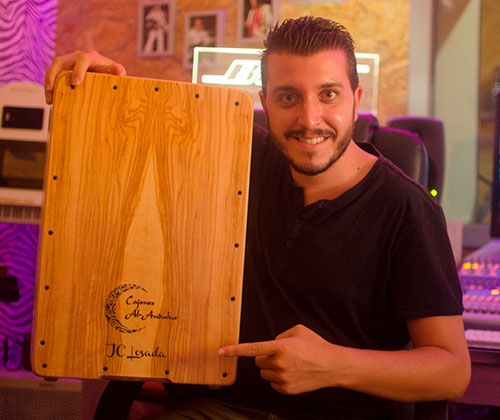 Jose-Carlos-Losada-percusionista-cajones-al-andalus_