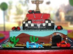 Bolo do Faísca McQueen - Carros