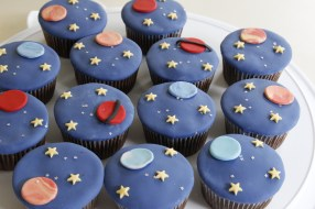 Fondant covered Space cupcakes