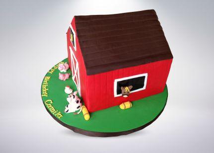 red-barn-cake-7