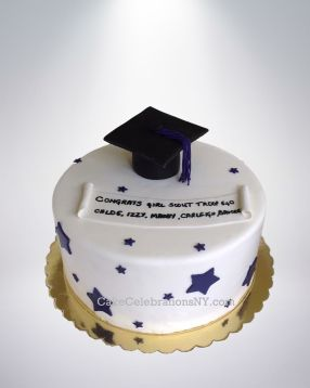 Girl-Scouts-Graduation-Cake-2