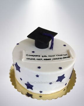 Girl-Scouts-Graduation-Cake-3
