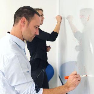 Brainstorm en cours#teambrainstorm#teamwork#agencylife#marketingagency#communication