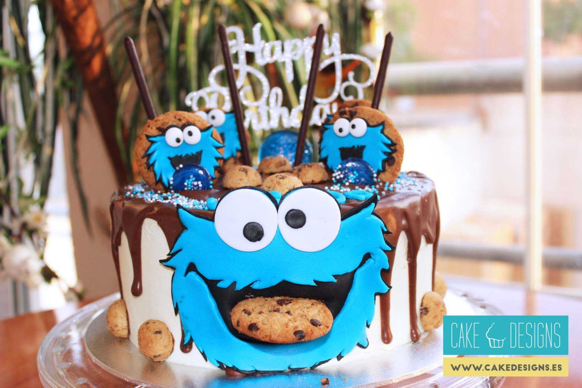 Drip cake - Cookie monster 1