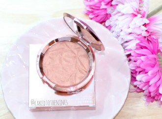 Blushed Copper Becca Review, Blushed copper review, blushed copper highlighter, becca highlighter, becca limited edition, blushed copper review, becca highlighter review, becca shimmering skin perfector review, becca shimmering skin perfector pressed, blushed copper