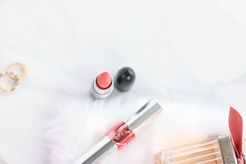 MAC Razzledazzler lipstick