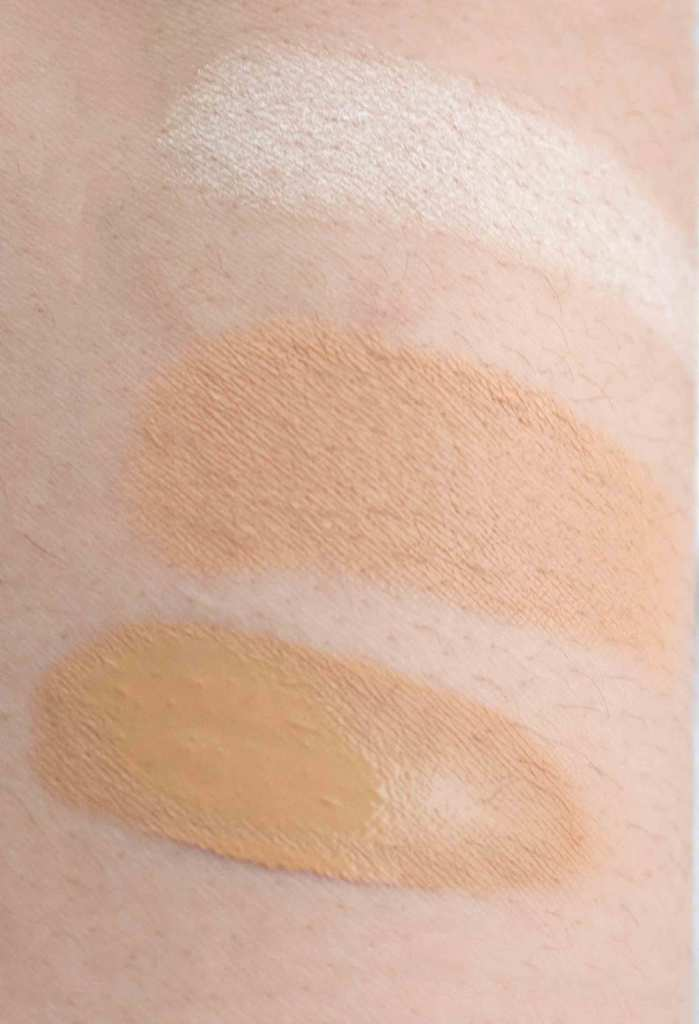 Fent beauty swatch top to bottom: Metal Moon highlighter, Maple matchstix, and #290 foundation