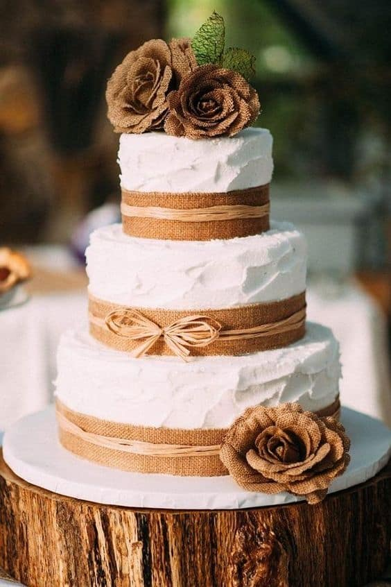 Rustic Tree Stumps Wedding Cakes For Your Country Wedding