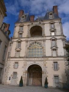 Large fancy looking doorway to one of the 'side' buildings...