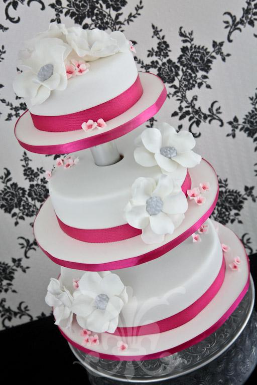 Hochzeitstorte  Pink Fantasy  RITAThe Cakery Torten