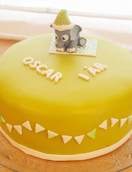 Oscar's green cake with elephant - Oskars gröna tårta med elefant