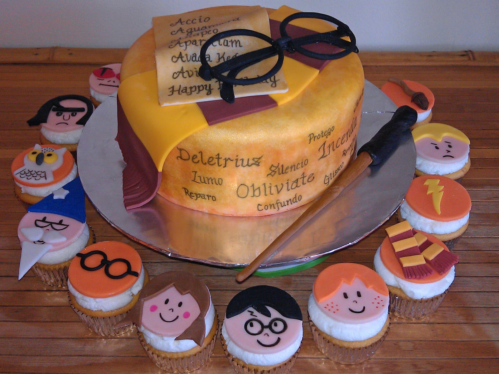 48 Harry Potter Birthday Cakes And Cupcakes