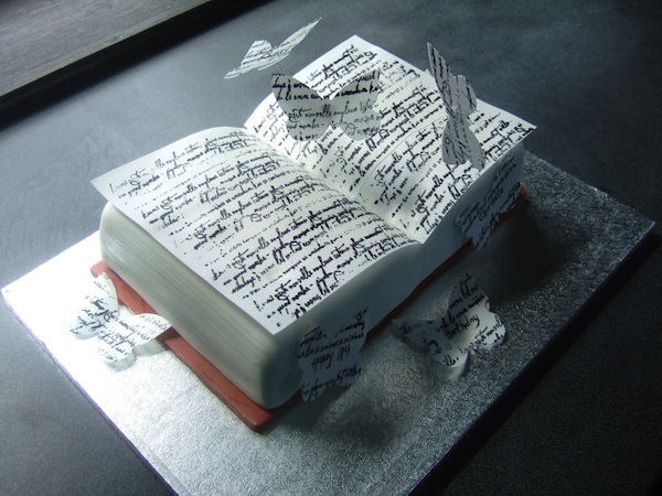 book-novels-lovers-cakes-cupcakes-mumbai-1