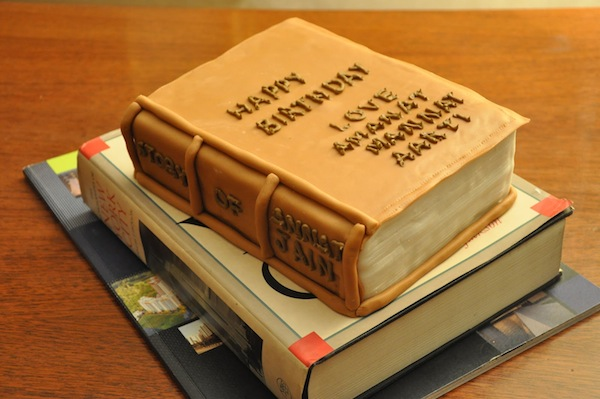 book-novels-lovers-cakes-cupcakes-mumbai-25