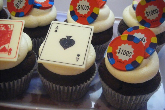 poker-cards-casino-theme-cakes-cupcakes-mumbai-28