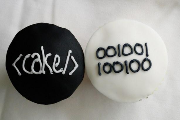 cake-html-binary-technology-theme-cakes-cupcakes-mumbai-19