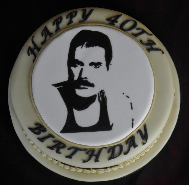 freddie-mercury-music-theme-customised-cakes-cupcakes-mumbai-buy-online-26