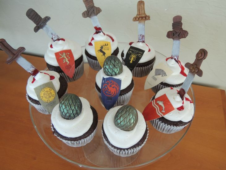 25-game-of-thrones-theme-designer-cakes-cupcakes-mumbai-16-3d-cupcakes