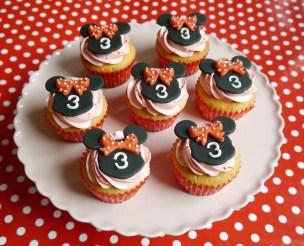 Mini mouse cupcakes 1,50 euro