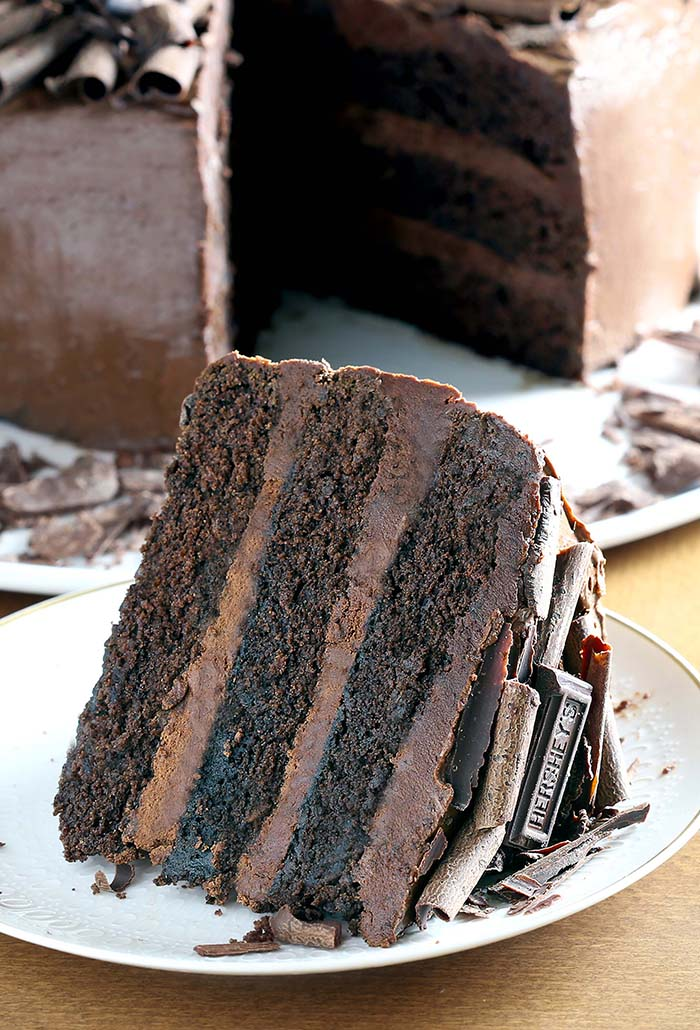 Dark Chocolate Cake Cakescottage