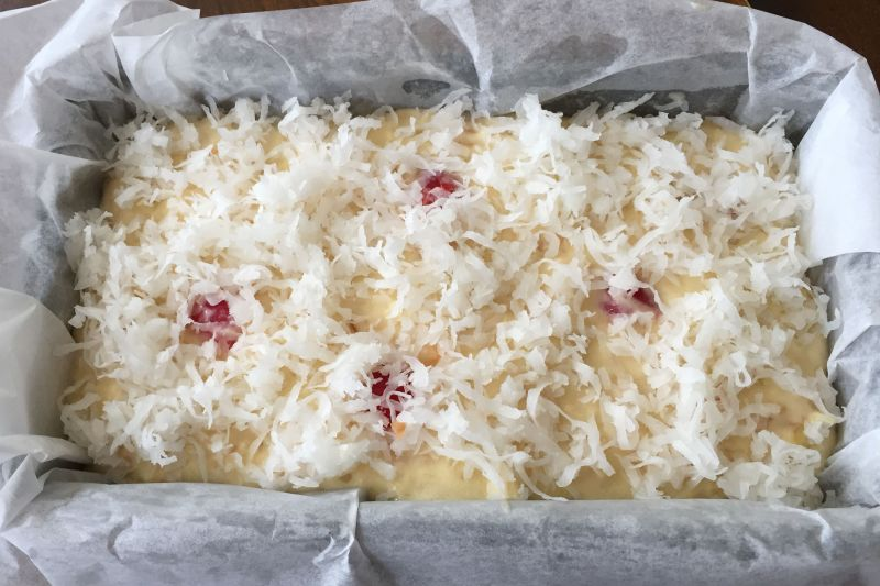 Pineapple Coconut Cake Incooked