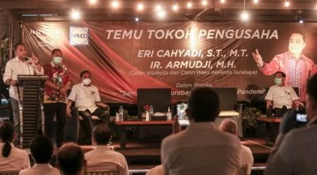 Eri cahyadi bakal calon wali kota Surabaya saat memberikan pemaparan didepan APINDO