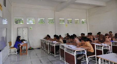 Kegiatan-belajar-mengajar-sebelum-Pandemi-Covid-19-