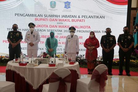 wali kota Surabaya Eri Cahyadi bersama Fokompimda