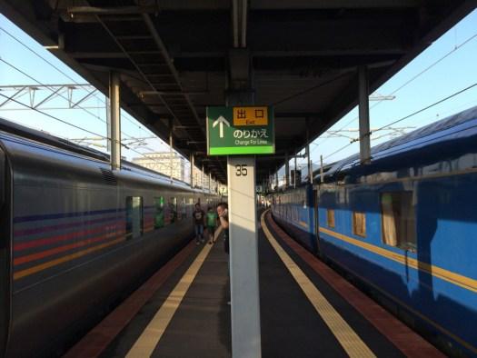 函館駅で北斗星とカシオペアの並び