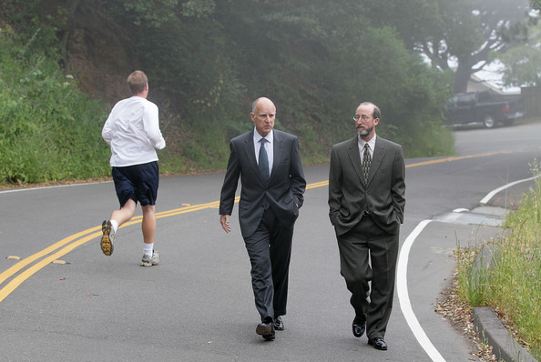 Jerry Brown, on his way home from voting for Jerry Brown, in 2010. Image:##http://www4.pictures.zimbio.com/gi/Democratic+Candidate+Governor+Jerry+Brown+CJ89JCrfs68l.jpg## Justin Sullivan/Getty Images via Zimbio##