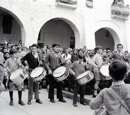 Cofradía Jesús Nazareno de Calanda - Concurso Tambores Híjar 1972 Foto cedida por José María Valls