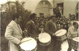 La cuadrilla de Tomás Gastón en el concurso de Tambores de Híjar año 1973