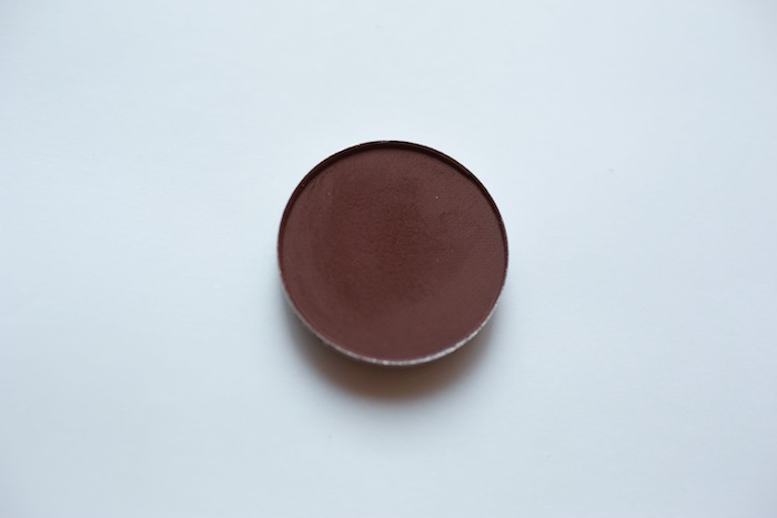 Quick Beauty Tips: Eyeshadow Primer Substitute (3/3)