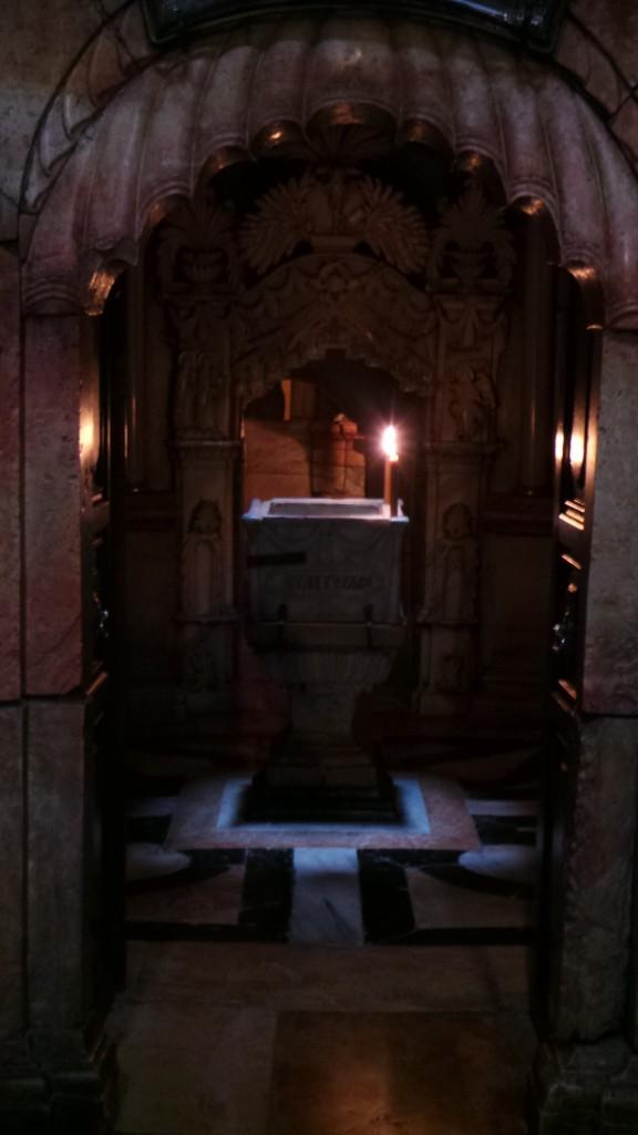 Intrarea in Mormantul Sfant