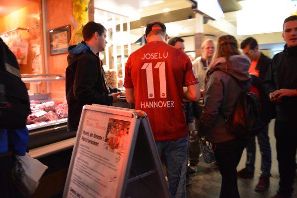 suporteri ai echipei locale Hannover 96