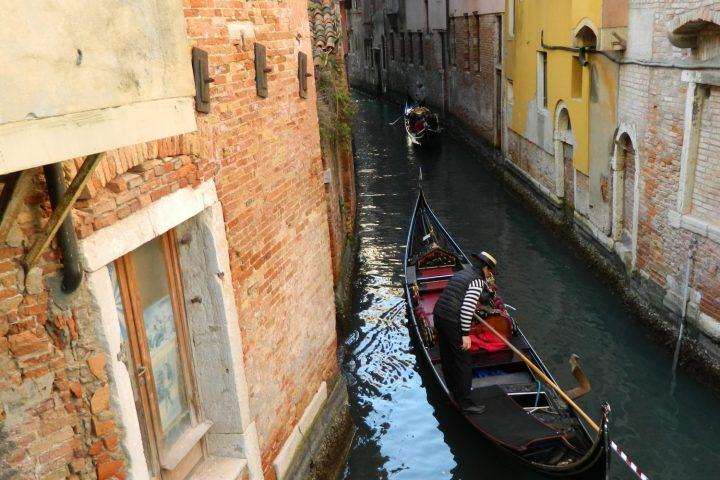Fotoreportaj Carnavalul din Venetia