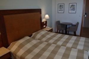 john&george hotel room
