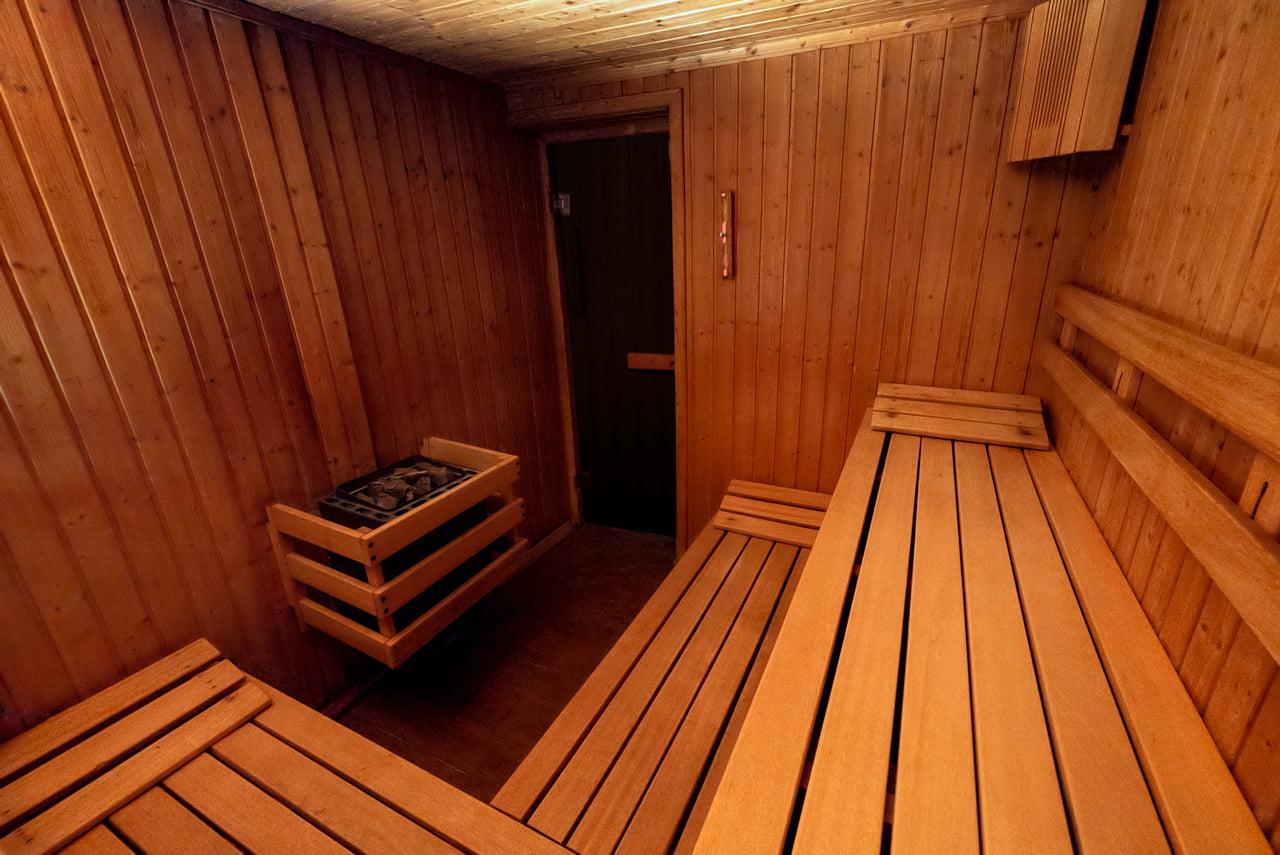 sauna-uscata-hotel-tisa-baile-olanesti