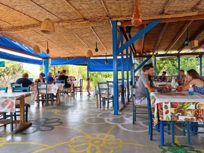 Taverna-Paraga-Rodos