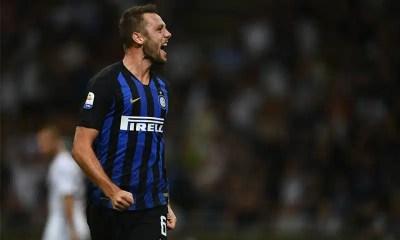 Esultanza-Stefan-De-Vrij-Inter