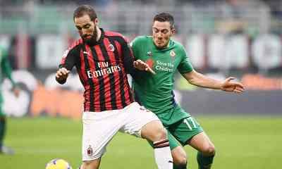 Gonzalo-Higuain-Jordan-Veretout-Milan-Fiorentina