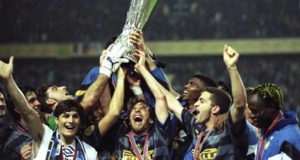 festeggiamenti Inter Coppa Uefa 1997-1998