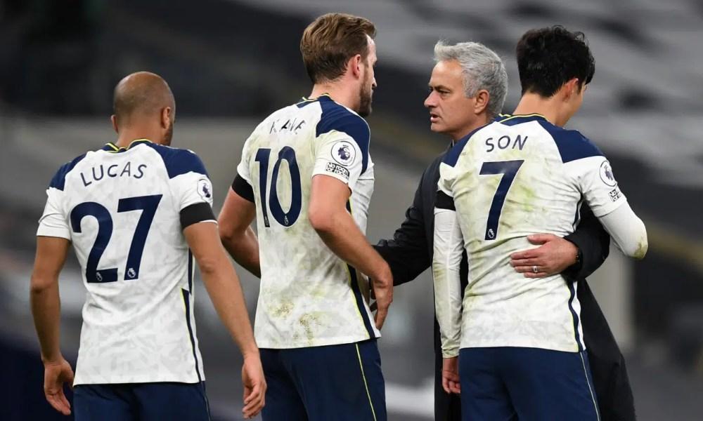 Esultanza Kane Son Mourinho Lucas Tottenham Premier League
