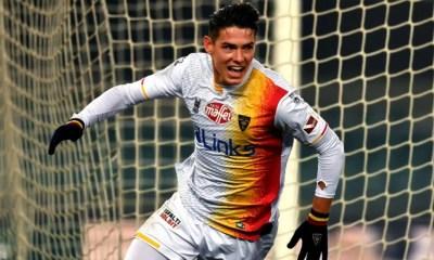 esultanza gol Mariusz Stepinski Lecce